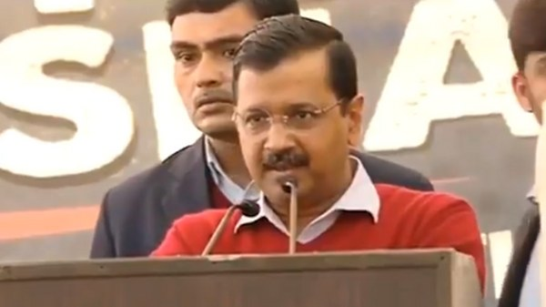 Modi behaves like Pakistan PM to subvert federal structure: Arvind Kejriwal