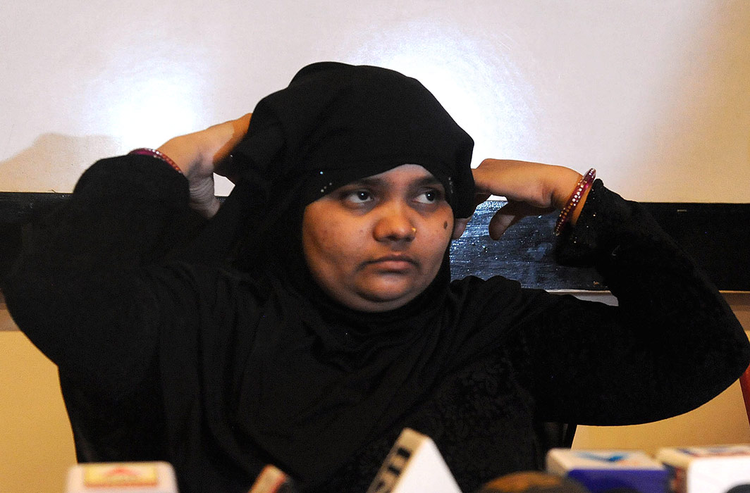 SC orders Gujarat govt to pay ₹50 lakh compensation to Bilkis Bano