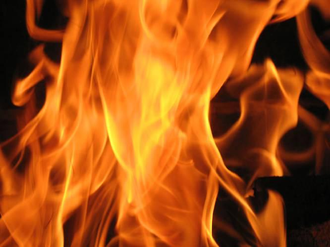 fireatwarehouseindelhisbijwasanarea
