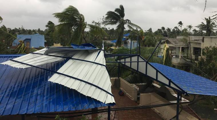 Cyclone Gaja damages homes, kills 10 people in Tamil Nadu