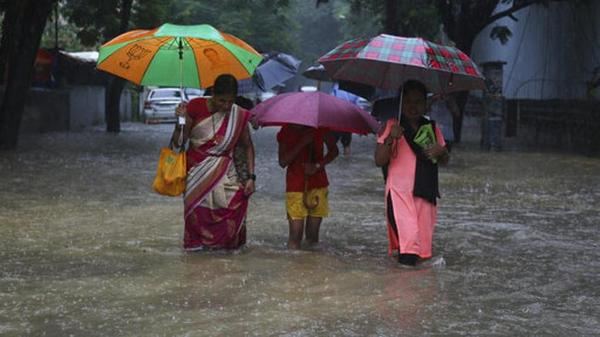 IMD forecasts extremely heavy rainfall in Mumbai on Sep 19