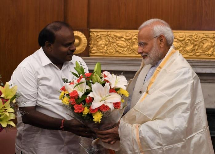 Kumaraswamy meets PM Modi, seeks Rs 1,199 crore for flood-hit areas of Karnataka