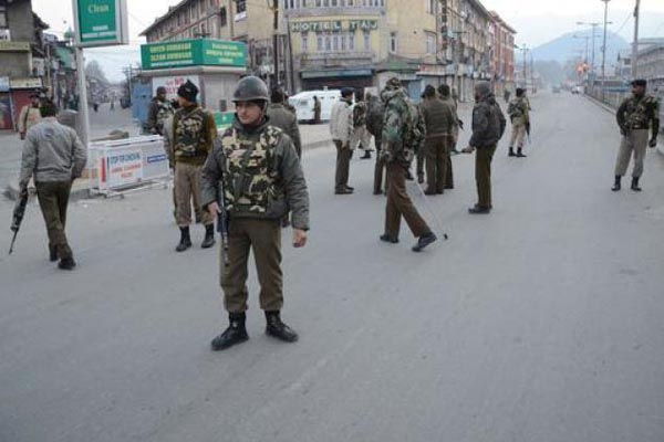 grenade attack on CRPF team in Pampore Four injured in J&K