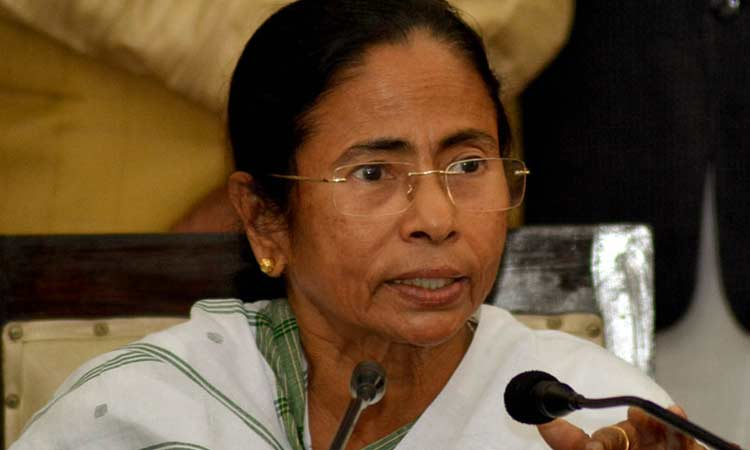 Mamata Banerjee decides to stop CBI from investigating cases in Bengal