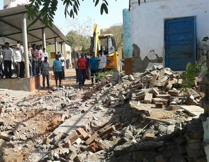 Gujarat: Three dead in school wall collapse