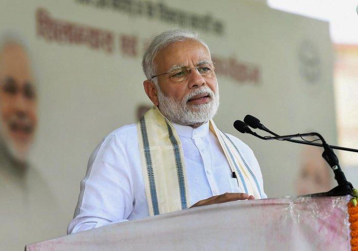 Congress supports urban Maoists, says Narendra Modi
