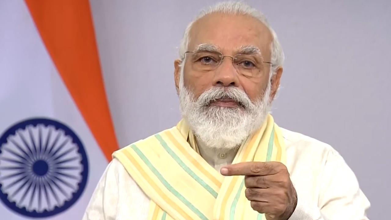 Modi presents new Mantra of