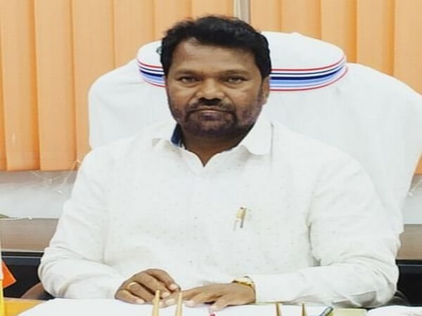 Jharkhand HRD Minister to resume his education after 25 years, takes admission in class 11