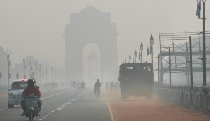Delhities wake up to foggy weather this morning