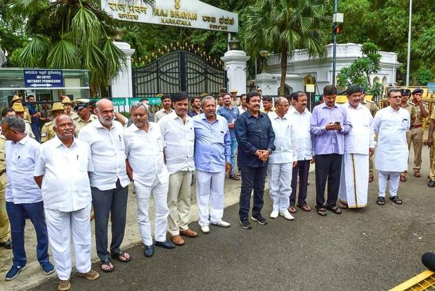 SC to pronounce verdict in Karnataka rebel MLAs resignation case today