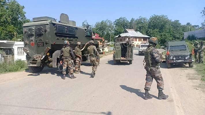 An army Jawan succumbs to his injury during gunfight in Anantnag district, J&K