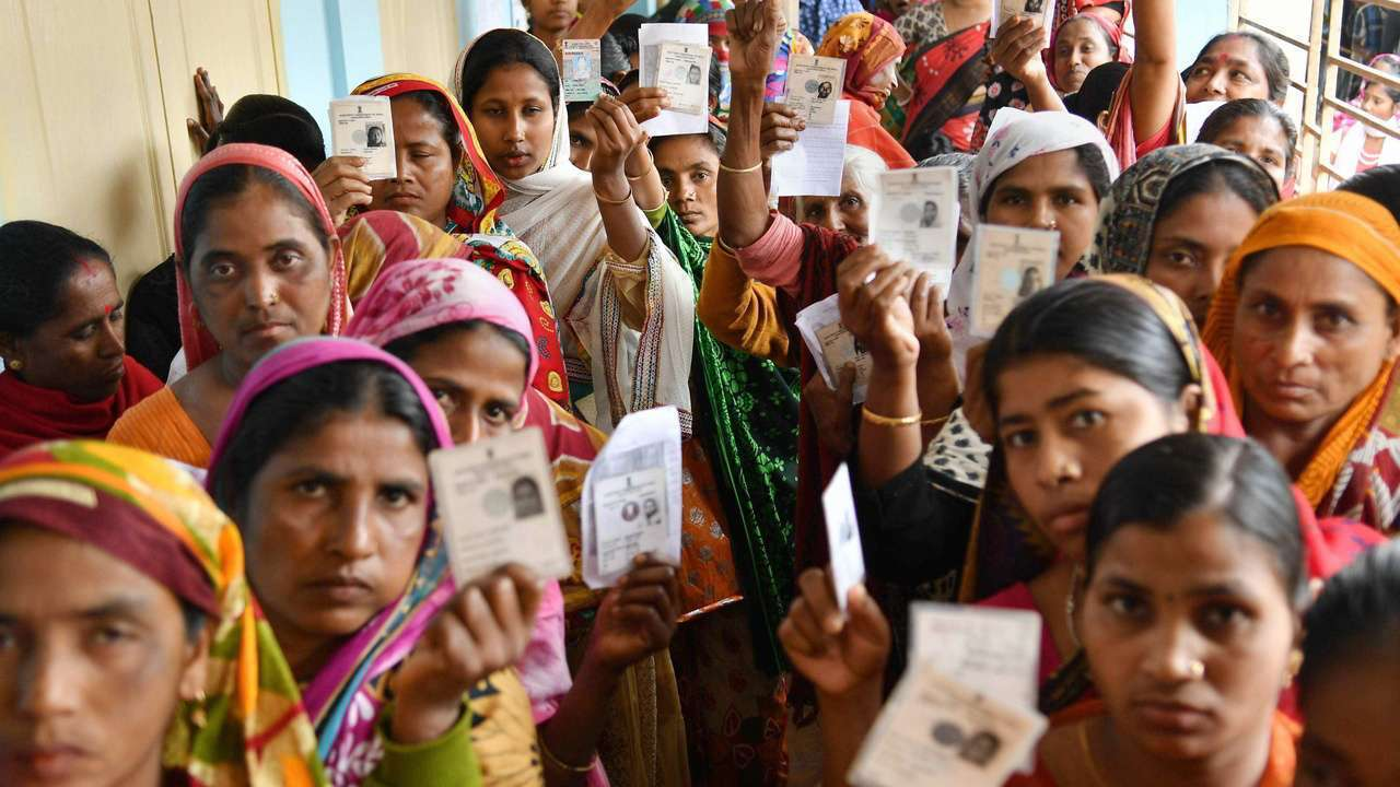LS polls: 62.37 pc polling in Maharashtra in third phase