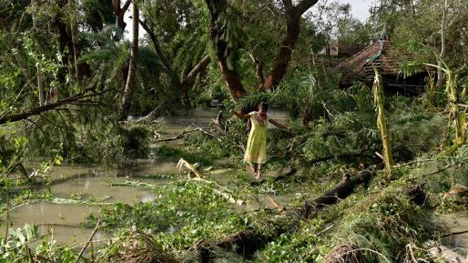 Mamata Banerjee to make aerial survey in cyclone hit areas