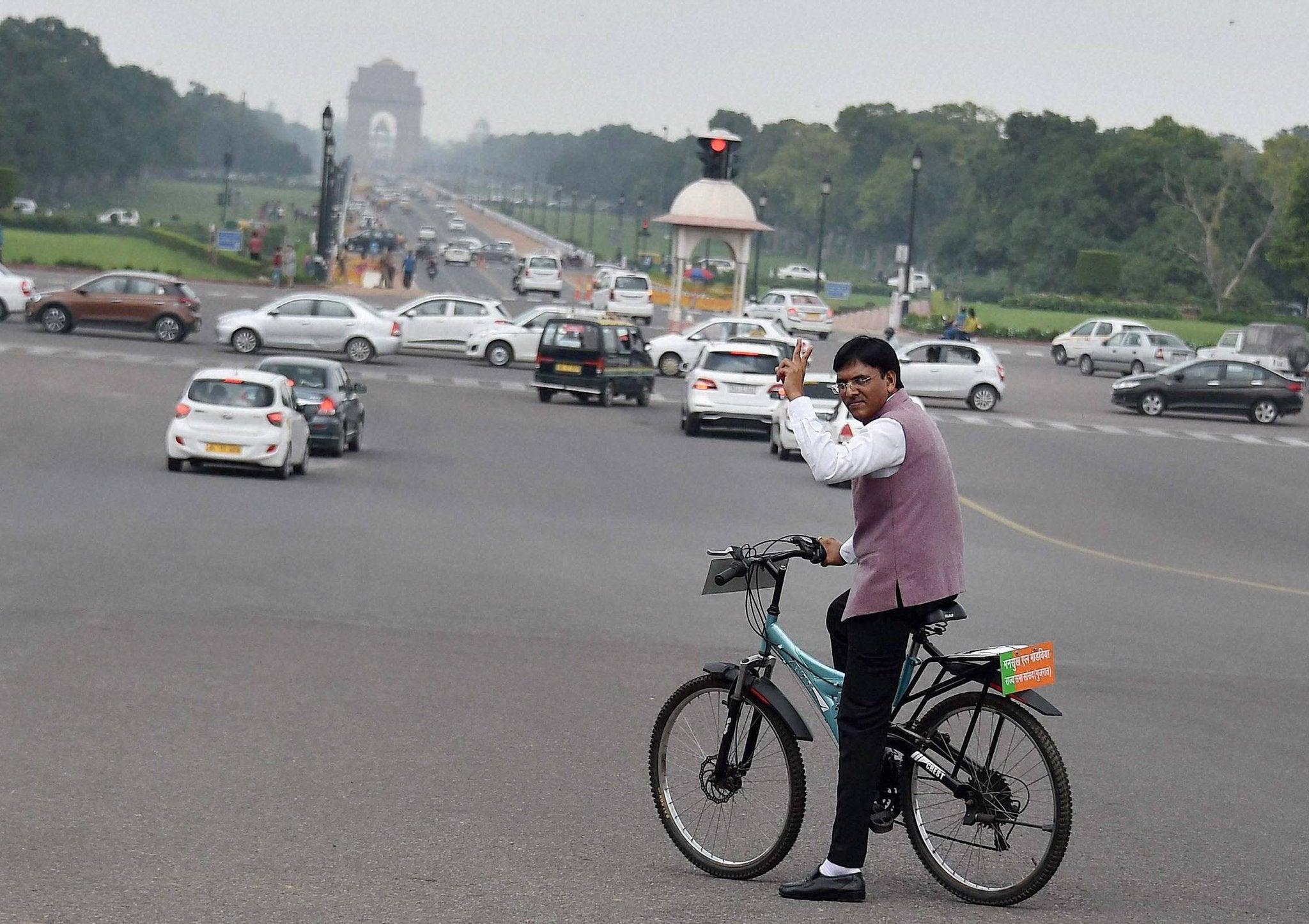 cyclingisgoodforhealth:mansukhmandaviya
