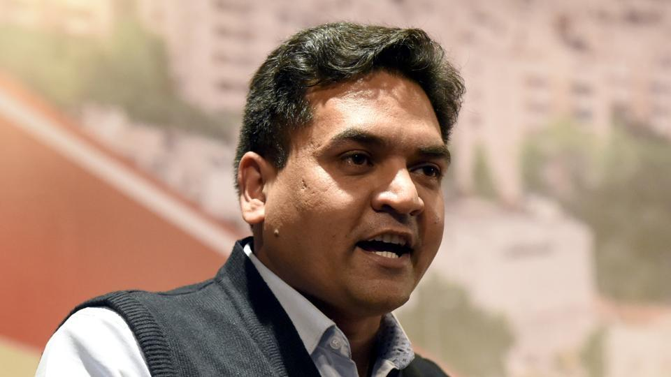 Sacked Delhi minister Kapil Mishra says he will reveal names of AAP leaders linked to water scam at Rajghat today