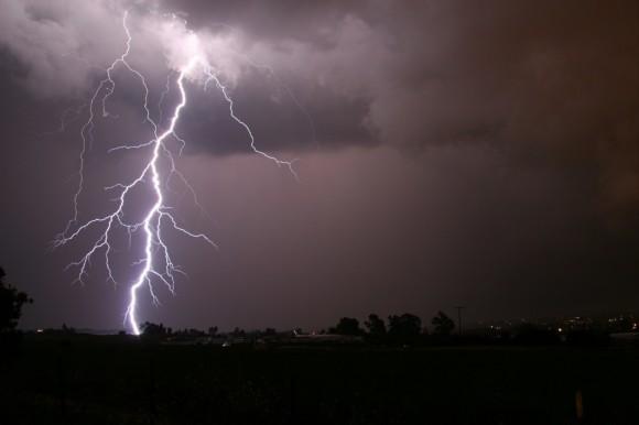 thunderstormlikelyinhyderabadfornextthreedays