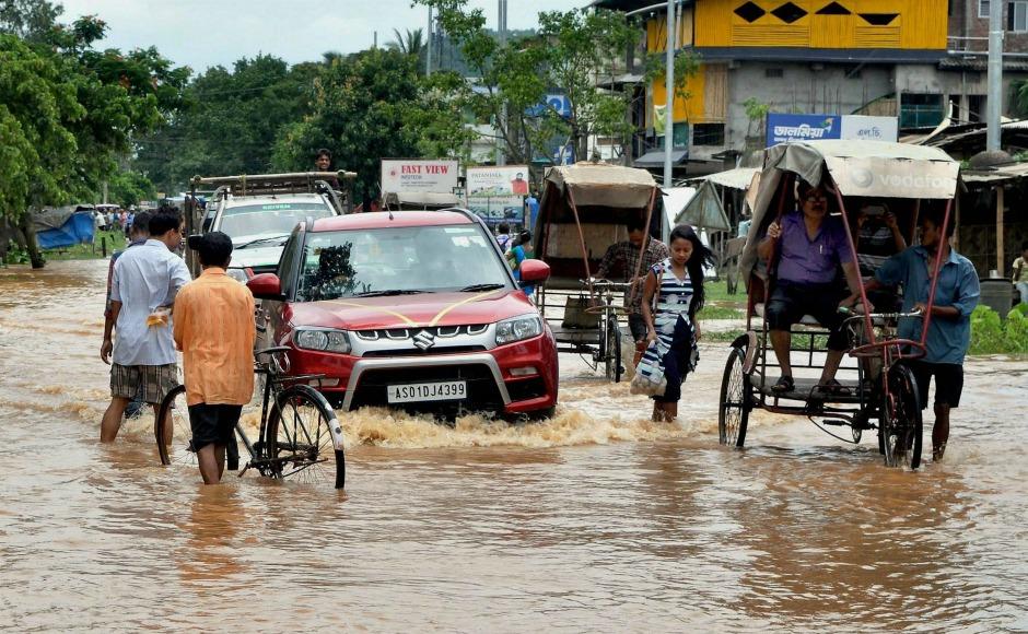 Heavy rains lash Delhi, showers may continue overnight