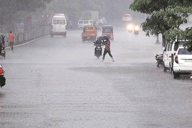 IMD warns of heavy rainfall in North India