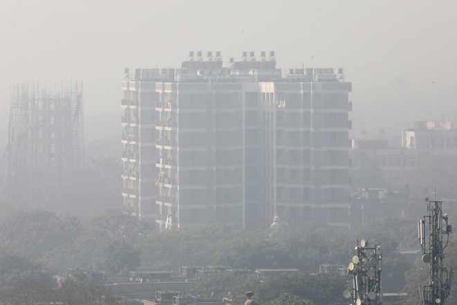 Fog and cold wave disrupt normal life across North India