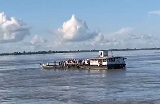 onedeadseveralmissingastwoboatswithover100passengerscollideinbrahmaputra