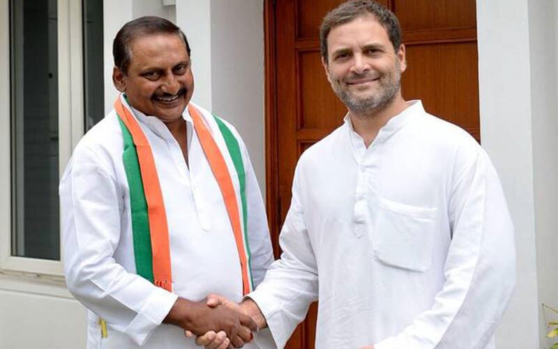 Kiran Kumar Reddy rejoins Congress