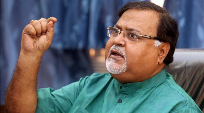 CBI summons WB minister Partha Chatterjee in connection with  Saradha scam probe