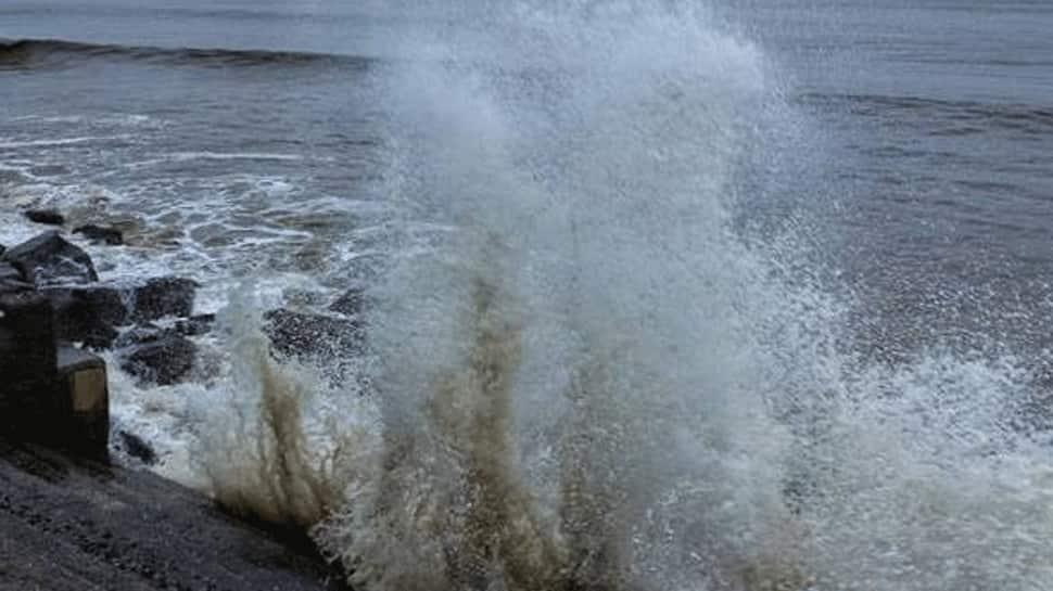 Cyclone Nisarga Landfall starts in Maharashtra
