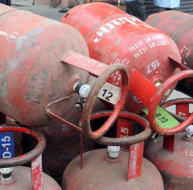 Govt launches online payment facility for LPG cylinders