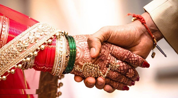 Bride Slaps Groom after Wedding, Returns Home After Finding out about his Love Affair
