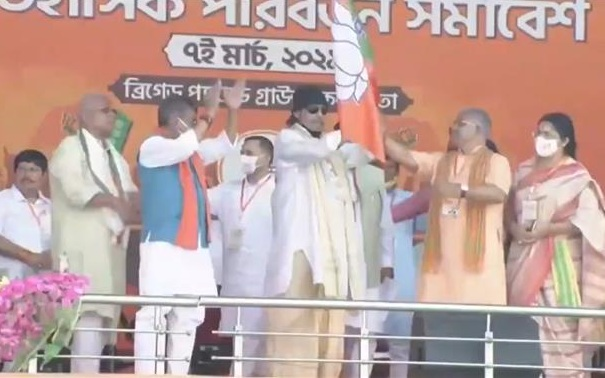 Actor Mithun Chakraborty joins BJP ahead of PM Modi