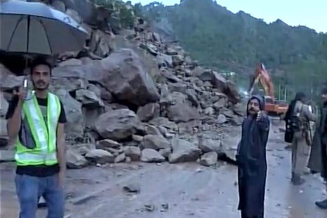 Amarnath Yatra from Jammu was suspended due to heavy rain