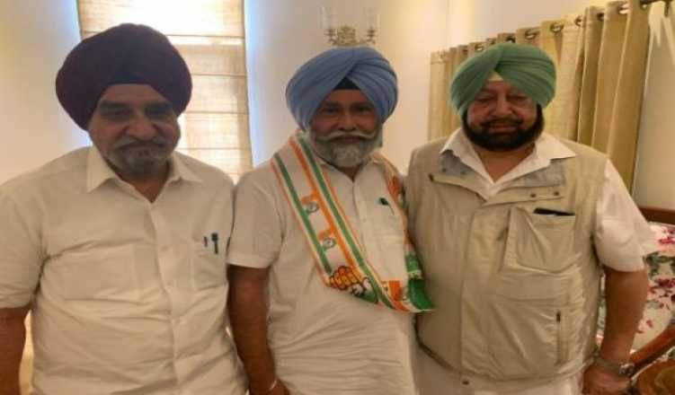 Dissident AAP MLA joins Congress in Punjab