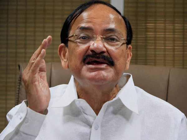 we-dont-leak-reports-says-naidu-on-vadra-row