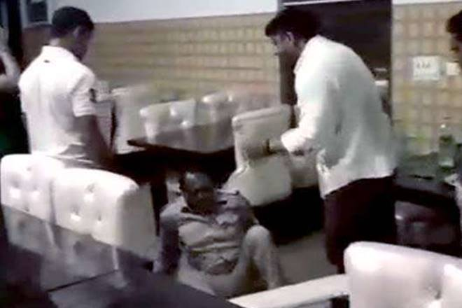 Watch: BJP councillor thrashes UP sub-inspector in Meerut