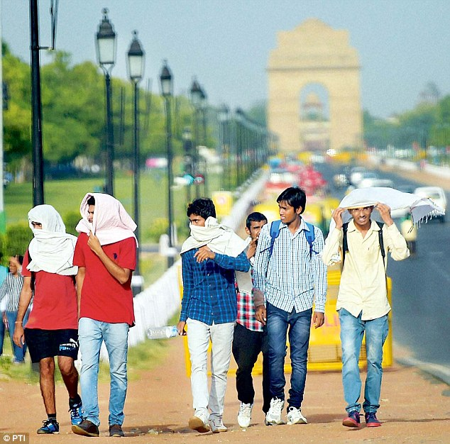 Severe heat across North India, Delhi records hottest day with 44 degrees