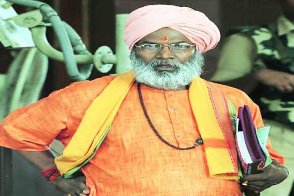 No reprimand from Amit Shah: Sangeet Som, Sakshi Maharaj