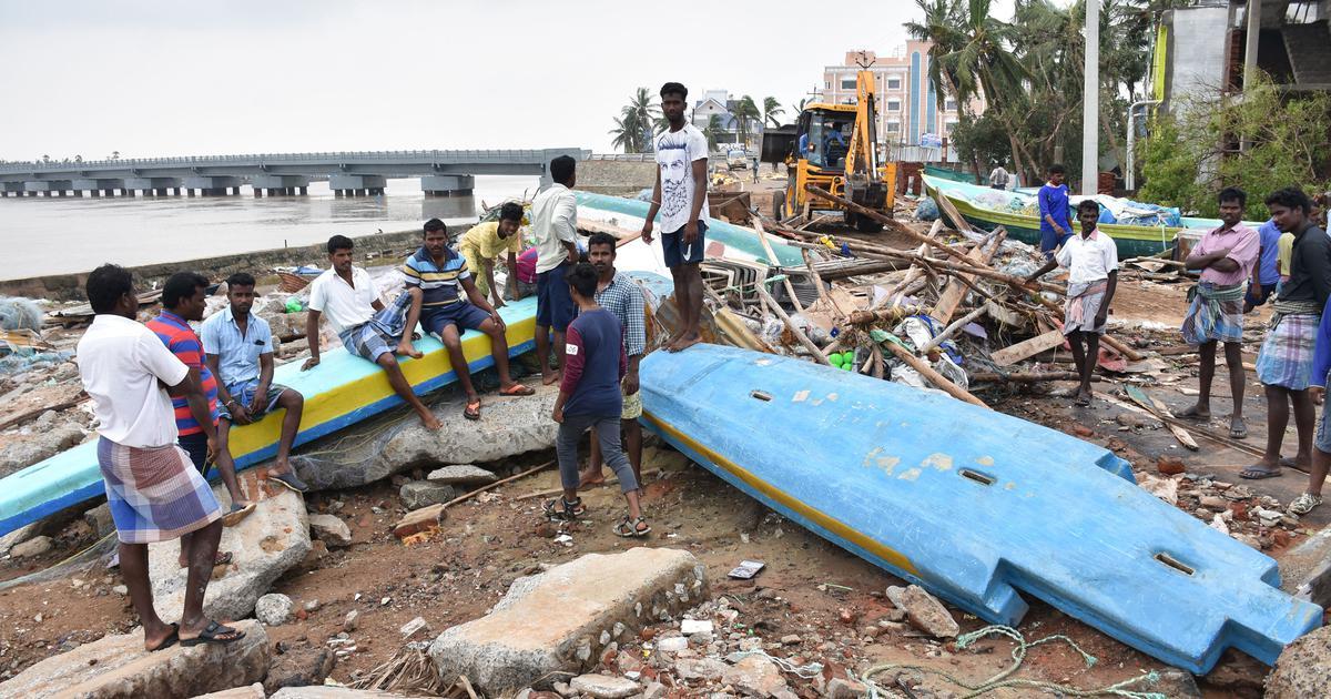 Cyclone Gaja: Central team holds talks with Tamil Nadu CM