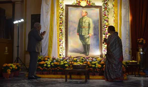 West Bengal Governor unveils a portrait of Netaji Subhas Chandra Bose in Kolkata