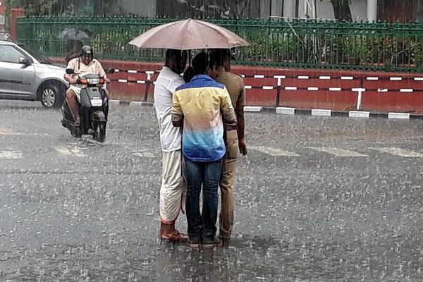 southwest-monsoon-hits-kerala