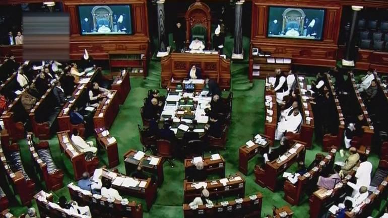 rahul-gandhi-maafin-mange-bjp-mps-target-congress-president-in-lok-sabha