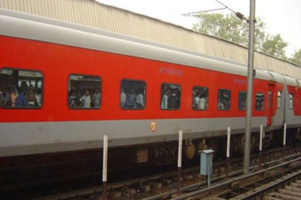 Railways to implement Flexi Fare system in Shatabdi, Rajdhani & Doronto trains