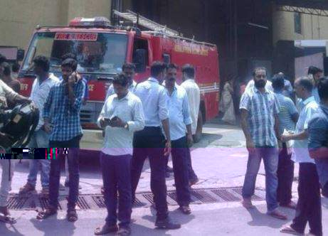 Major fire at Kochi mall triggers panic, hundreds evacuated