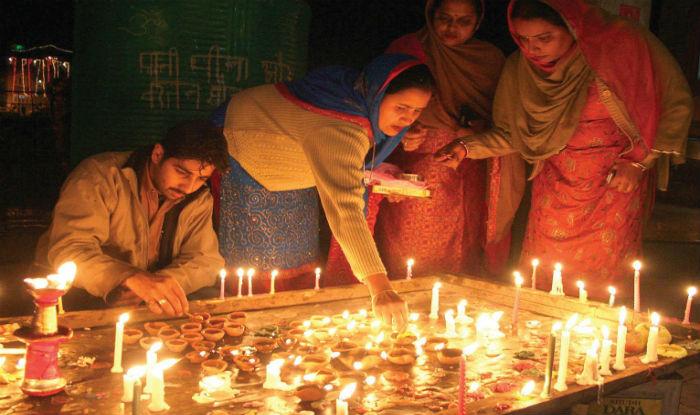 Diwali celebrated with fervour in Kashmir