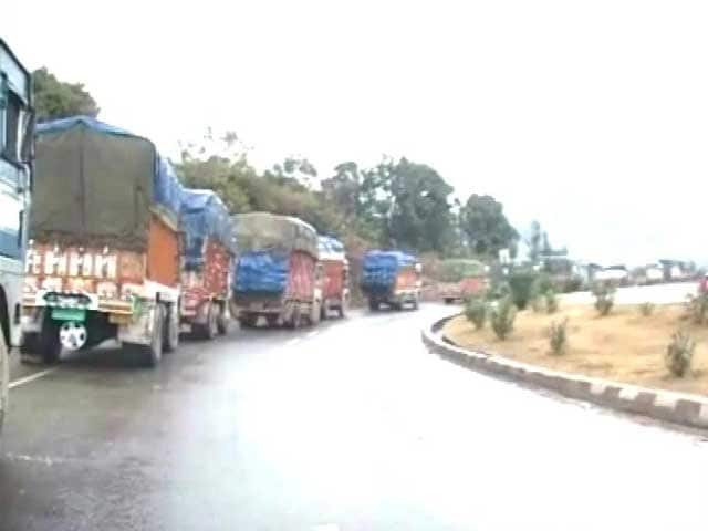 Jammu-Srinagar NH to remain blocked for 6th consecutive day