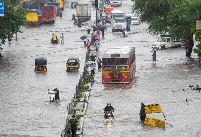 After Brief Relief, Rains Lash Mumbai, Thane; IMD Forecasts Heavy Downpour for June 17-18