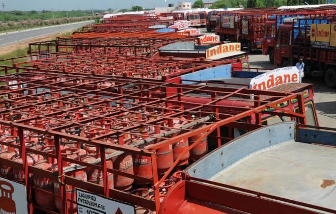 LPG tanker lorries go on strike in Tamil Nadu
