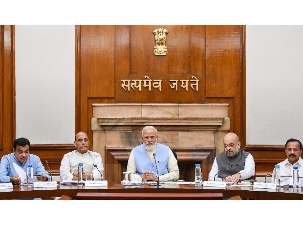 Govt approves extension of PM-KISAN scheme to all farmer; clears pension for farmers, traders