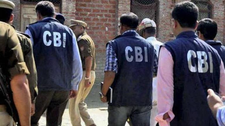 CBI team attacked by family of absconding officer in Noida