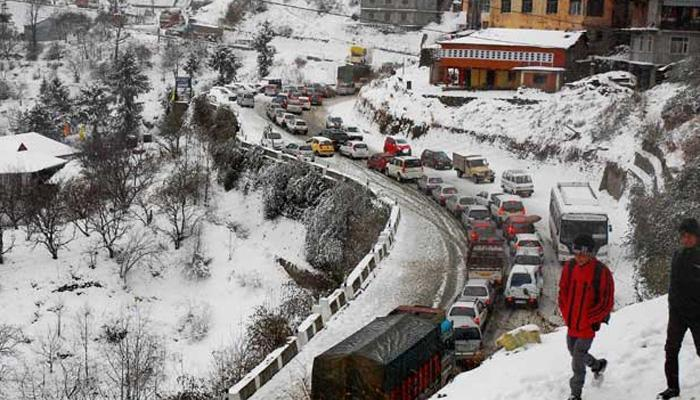 J&K  and Himachal Pradesh lash with rain and snowfall