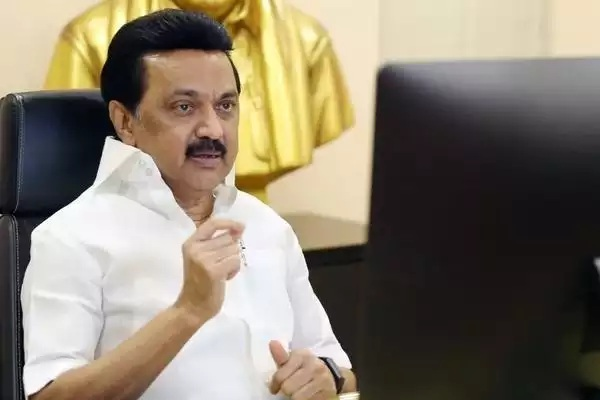 DMK chief Stalin Says Every ration cardholder housewife will get 1,000 per month
